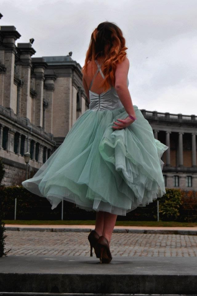 I WANT THIS :)someone else's  of the home-made version of the Carrie dress, found on project prom dress, beautiful.