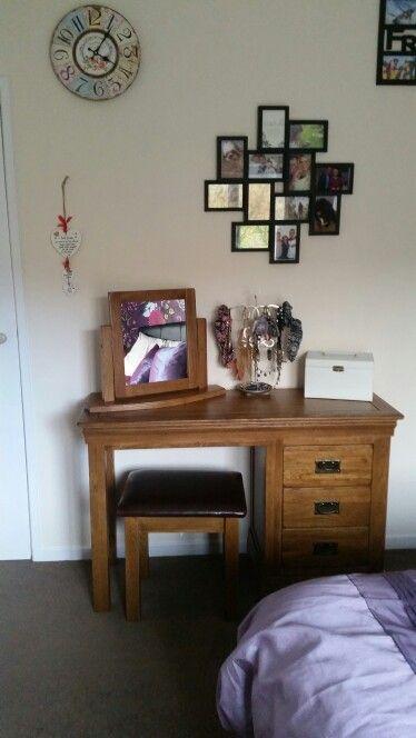Rustic dressing table