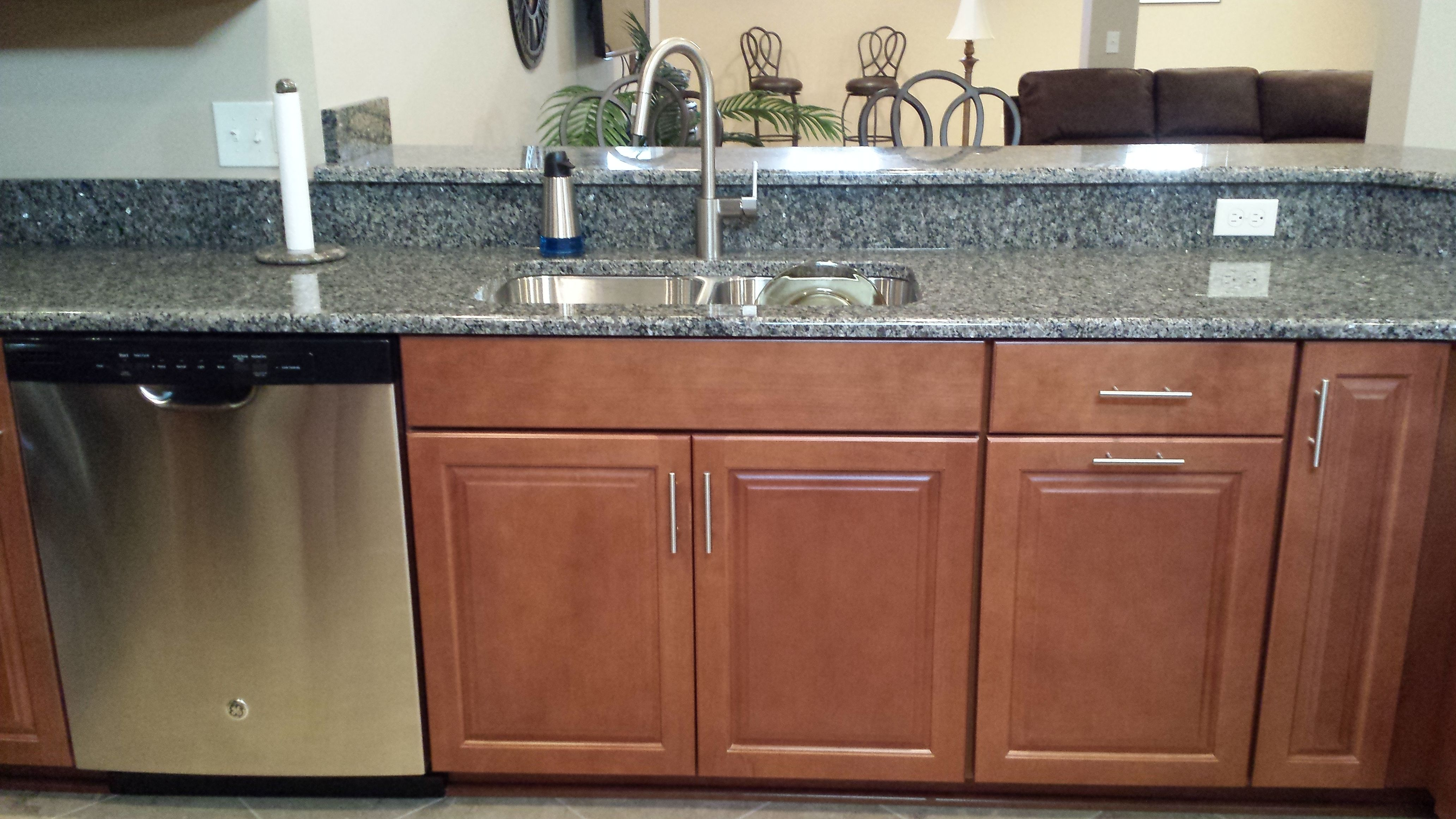 Waypoint 451s Maple Cognac Cabinets With Caledonia Granite And A