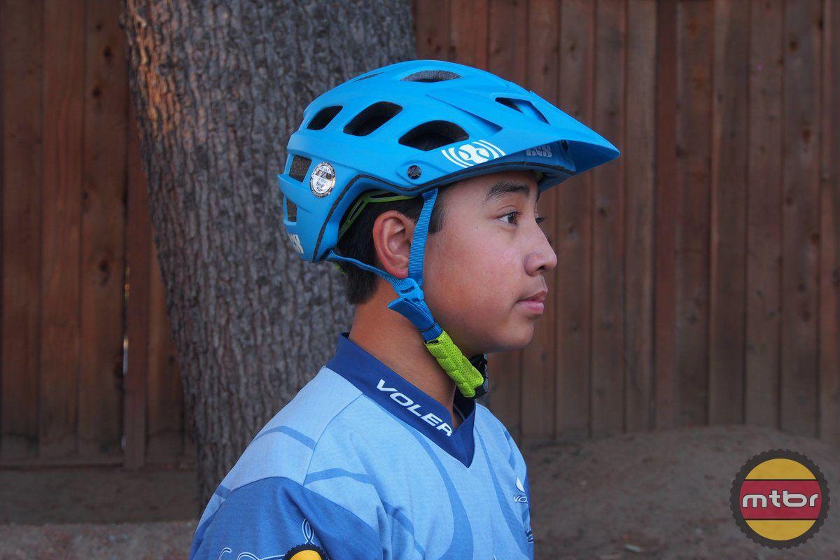 Review Ixs Trail Rs Helmet Helmet Bike Bicycle Helmet
