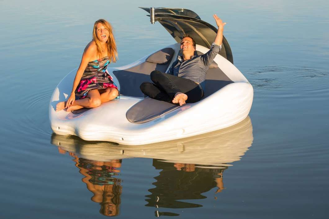 Electric Boat Meets Lounge Chair On Chilli Island