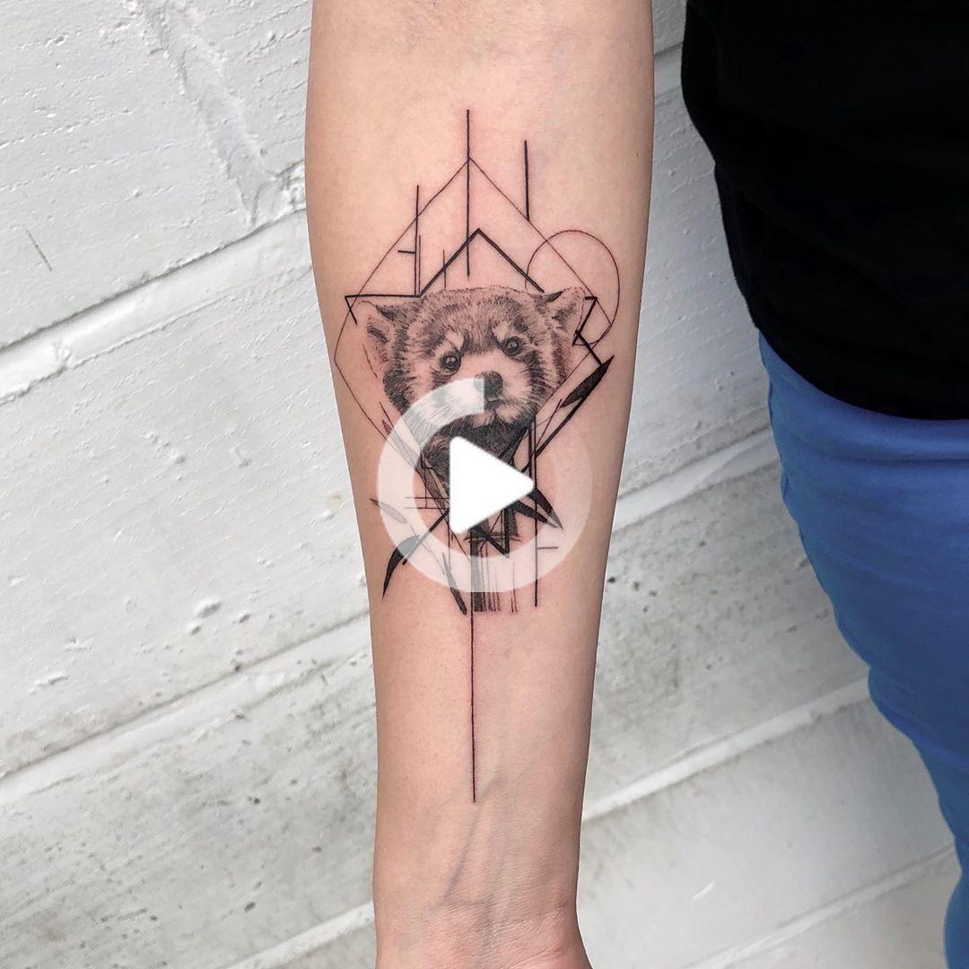 Emmabundonis Sur Instagram Merci Laura X Redpanda Redpandatattoo Tattoo Minimaltattoo In 2020 Tattoos Panda Tattoo Geometric Tattoo
