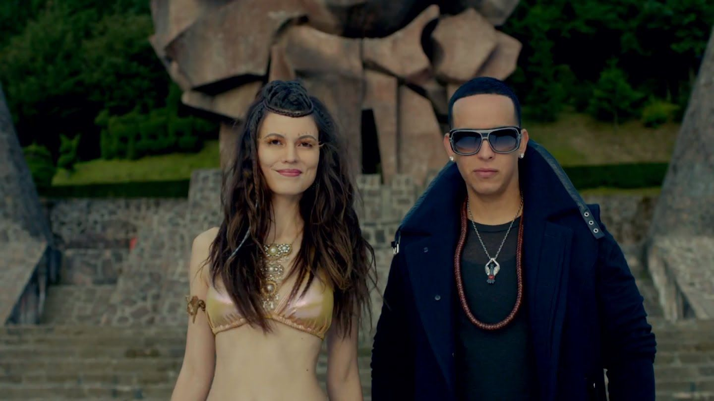Limbo - Daddy Yankee (Official Video) 2013 DALE ME GUSTA