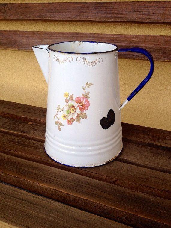 #pickingparadise Vintage Tres Monterrey Pot Enamelware Pot - floral rustic decor