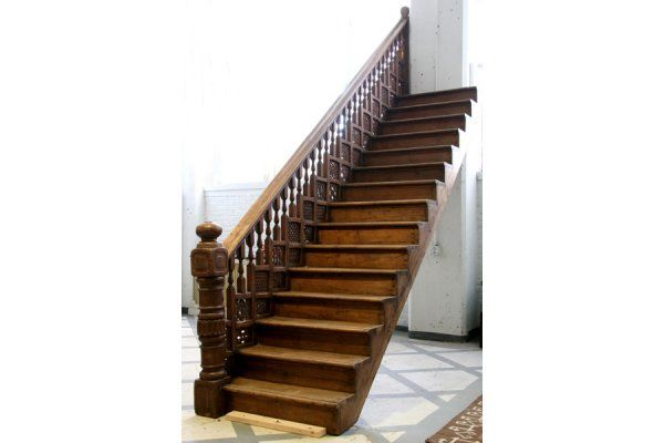 Best Victorian Spindles 620 Carved Victorian Staircase 400 x 300