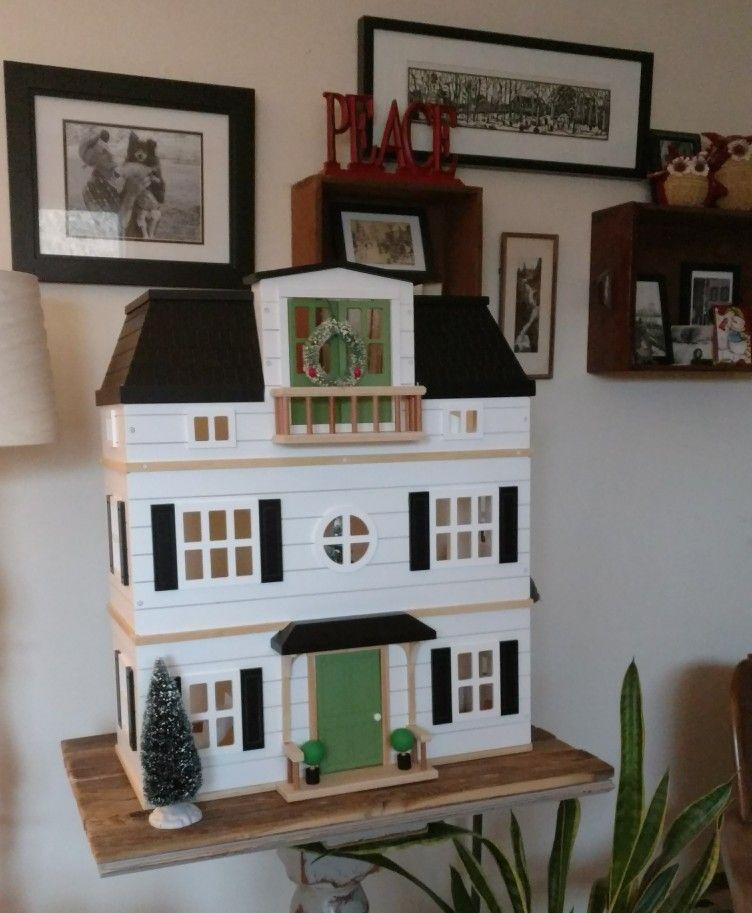 Magnolia Homes Interiors: Magnolia Homes Doll House Assembled!!!!!