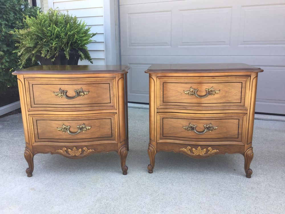Dixie Furniture Beautiful Pair Of French Provincial Nightstands