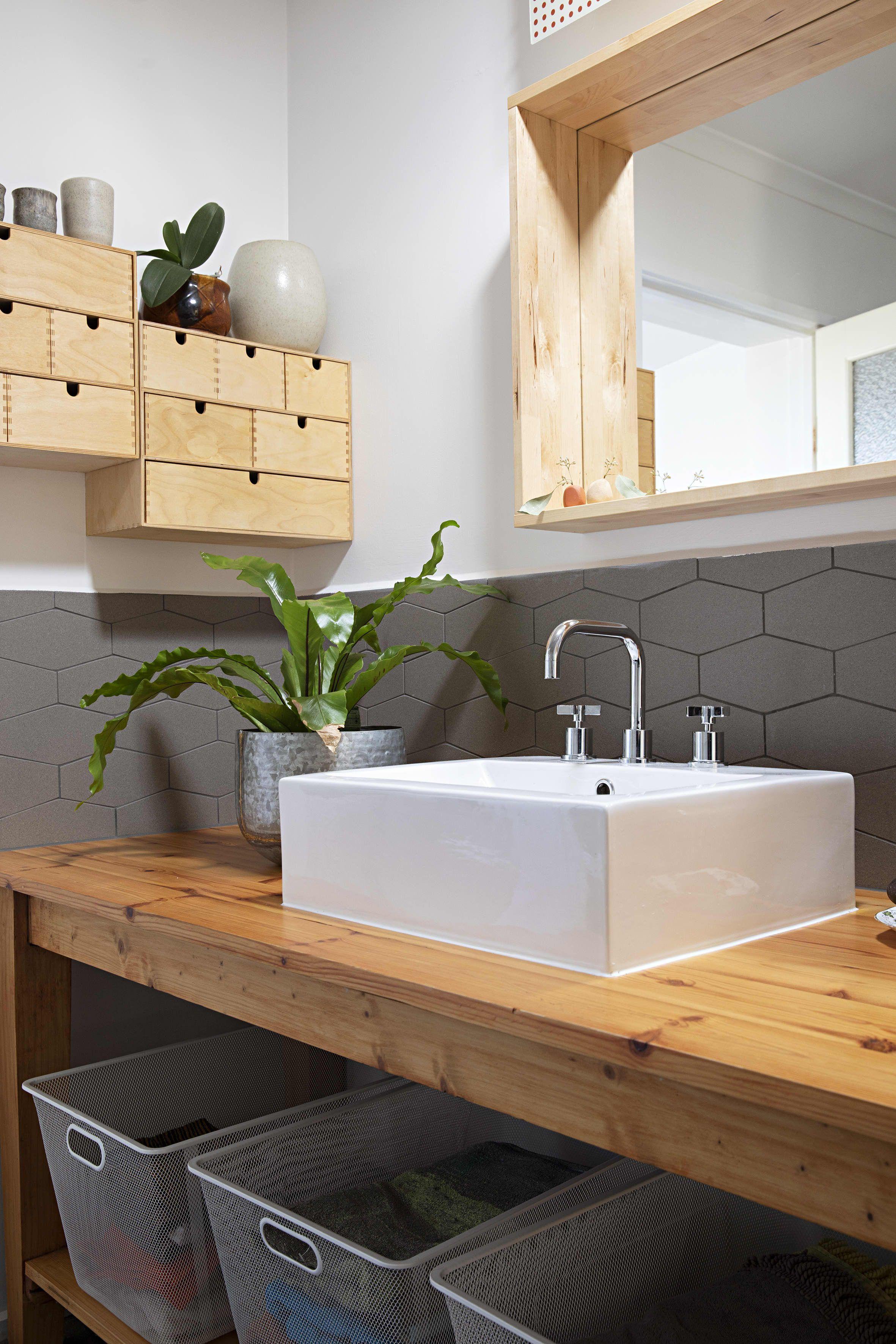 An Australian Country Home Has Beautiful BuiltIns