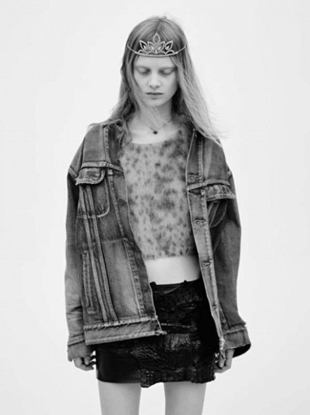 82b0c4c3f1e Saint Laurent Spring 2016 campaign by Hedi Slimane. Tiaras and Grunge Reign  ...