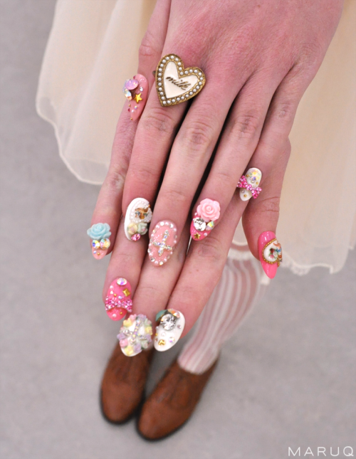Gel nail obsession anyone? ( ´ ▽ ` )ノ | Nails and IPhone cases <3 ...