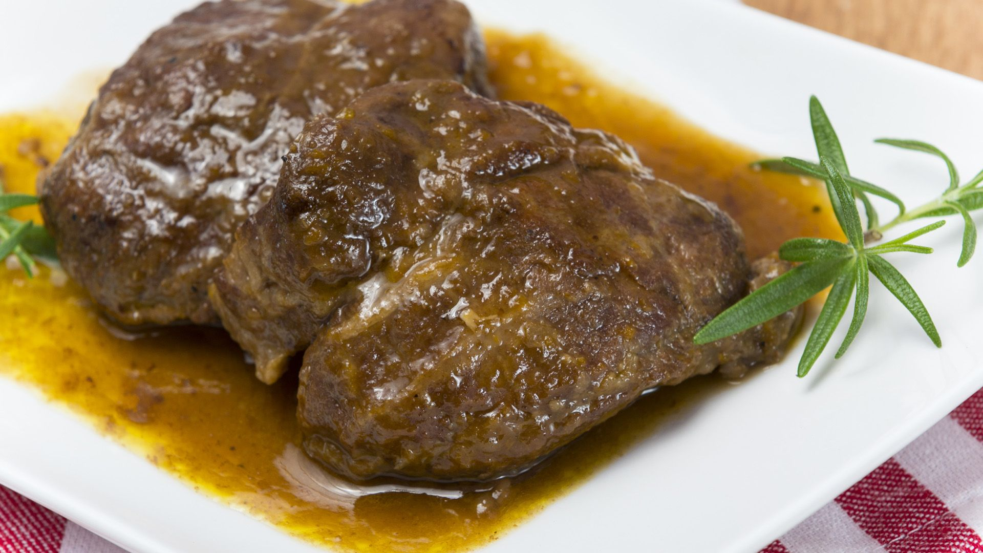 Carrillada Con Salsa De Trufa Receta Recetas Con Carne Receta De Carrillada Comida