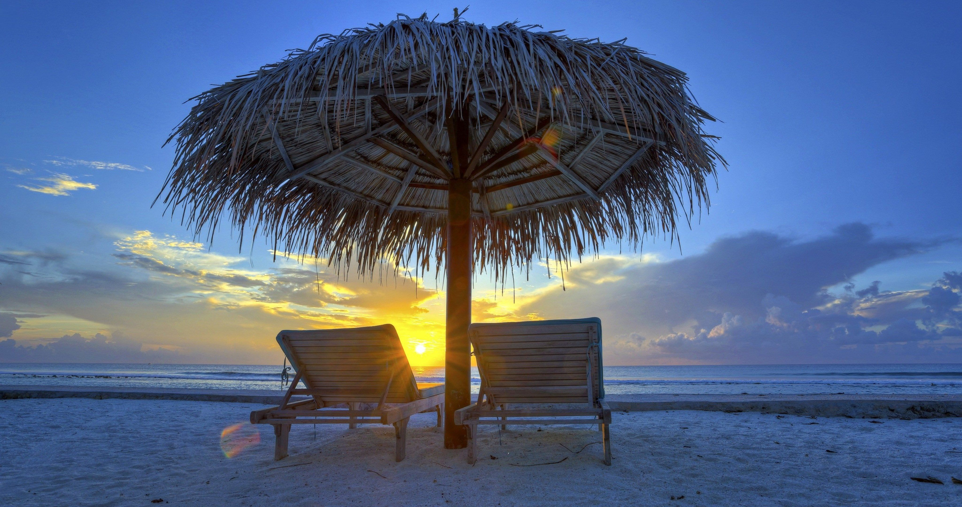 Evening Sky In Maldivies 4k Ultra Hd Wallpaper Evening Sky Maldives Beach Chair Umbrella