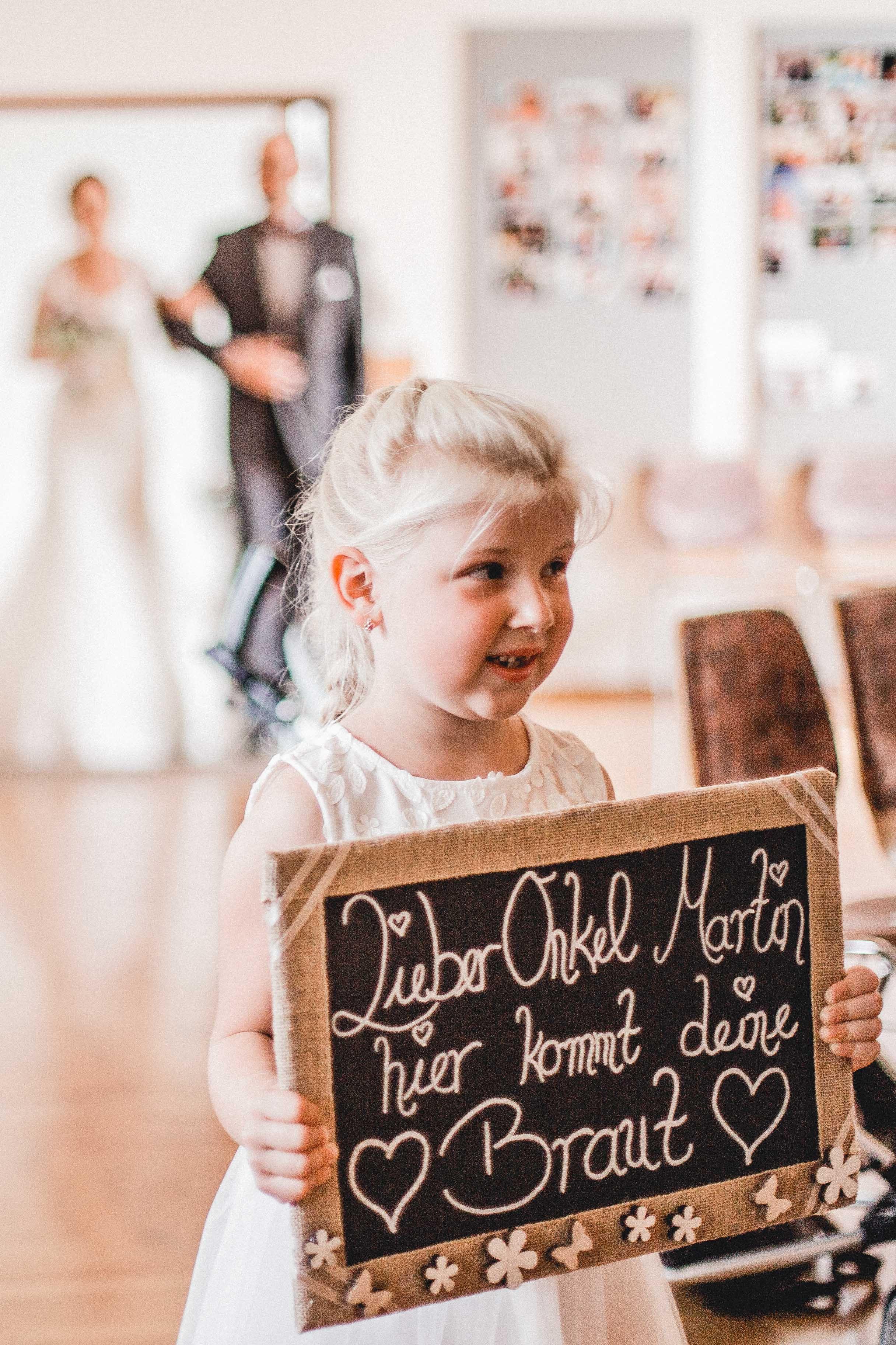 Lieber Onkel Martin, hier kommt deine Braut. <3 | Trauung ...
