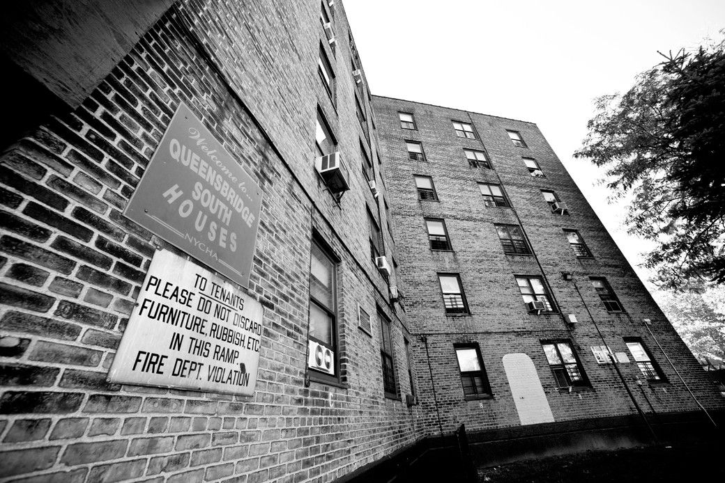 The Queensbridge Houses Were Once At The Center Of The Rap Universe What Happened To Hip Hop S Most Storied Housing Pro Hip Hop Background Hip Hop Hip Hop Rap