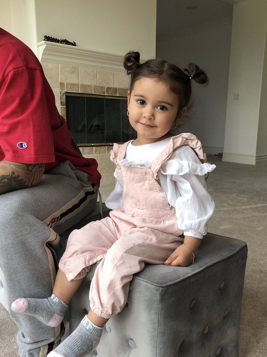 Pin by CrankiestQuinzel on elle lively mcbroom (AceFamily ...