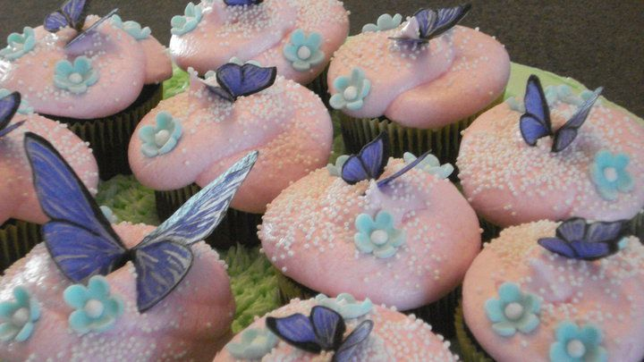 100 edible with handpainted rice paper butterflies