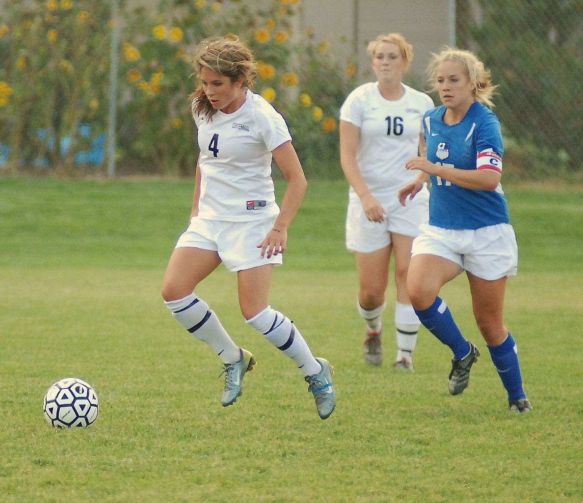 Girls Playing Soccer Image Source Wikimedia Org Girl Playing Soccer Female Athletes Sports
