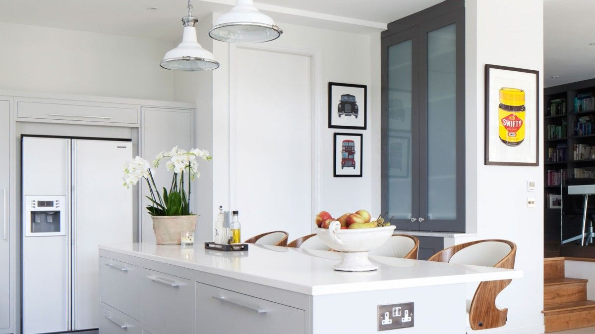 Modern scandi kitchen with pendant light trio eating pinterest