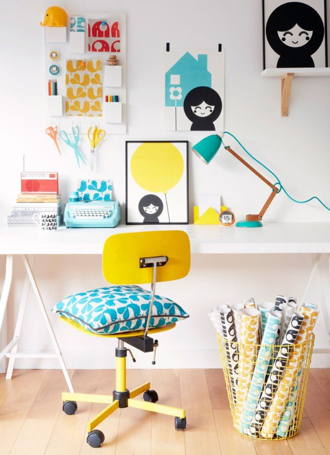 Home workspace scandi feel! Rachel-Powell-at-Home-London-Officelifestyle via Purodeco