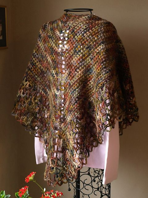Ravelry Annas Shawl Pattern By Kounting Sheep Designs Chle En
