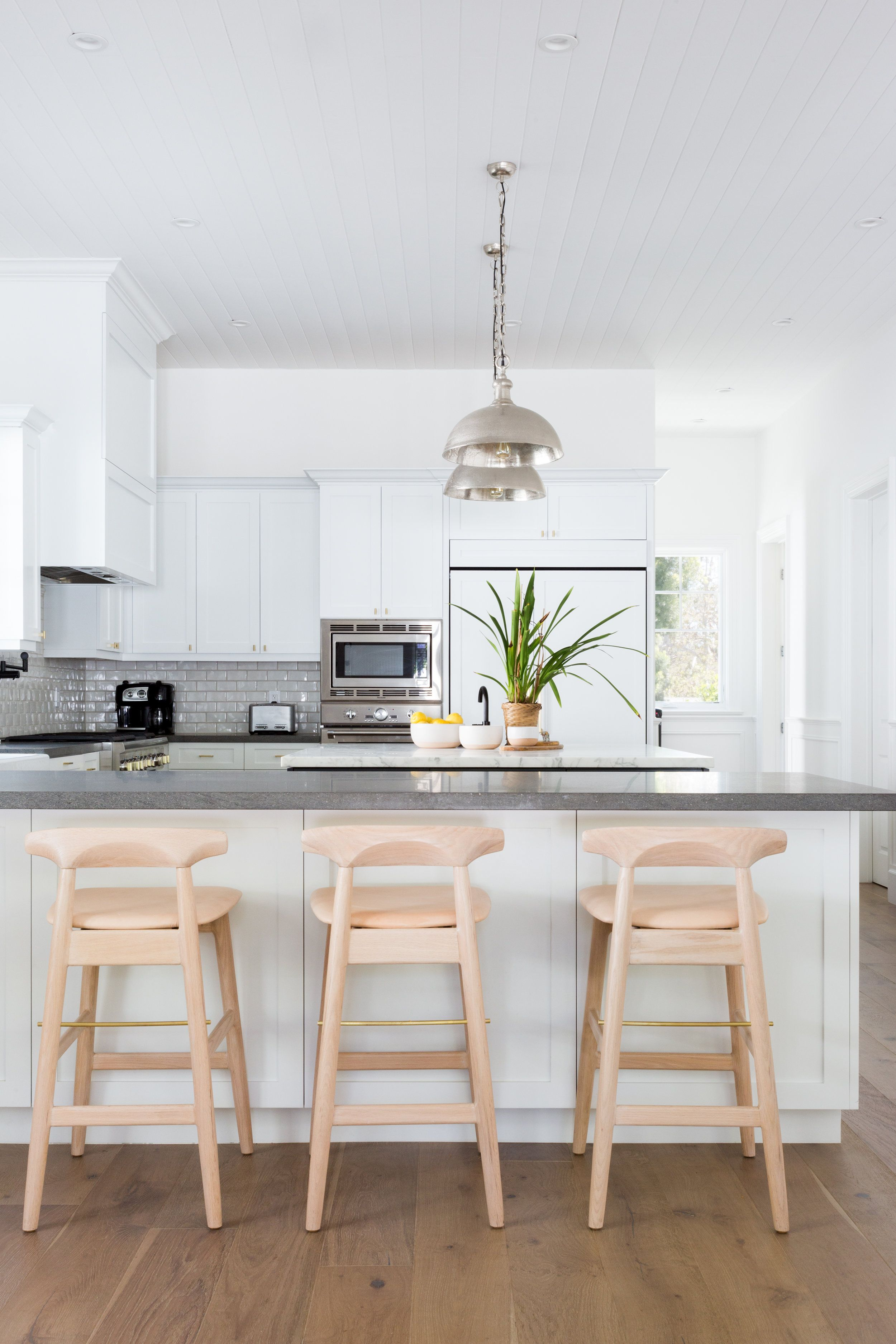 Love This Bright Kitchen The Wood Floors Mixed With The Light Wood Barstools Look Great Shapeside Inter Home Decor Kitchen Kitchen Renovation Kitchen Decor Light wooden bar stools