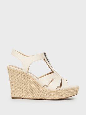 skor med kilklack online