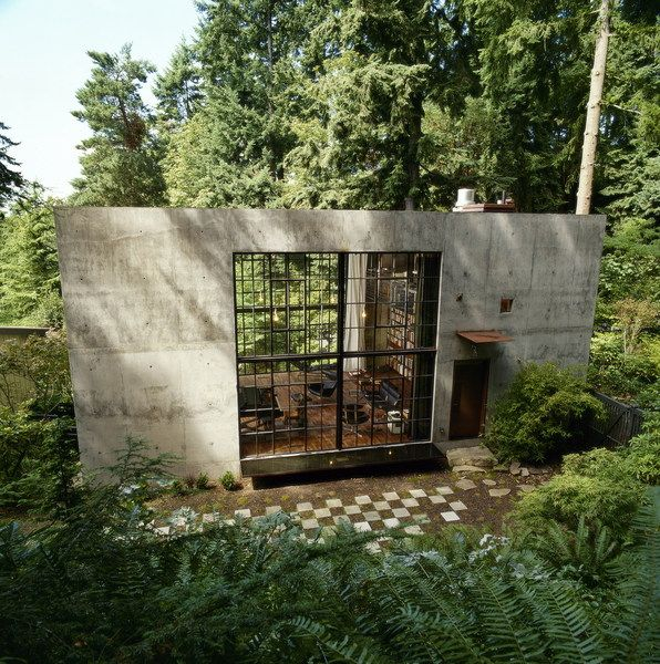 A house in the woods--Olson Kundig