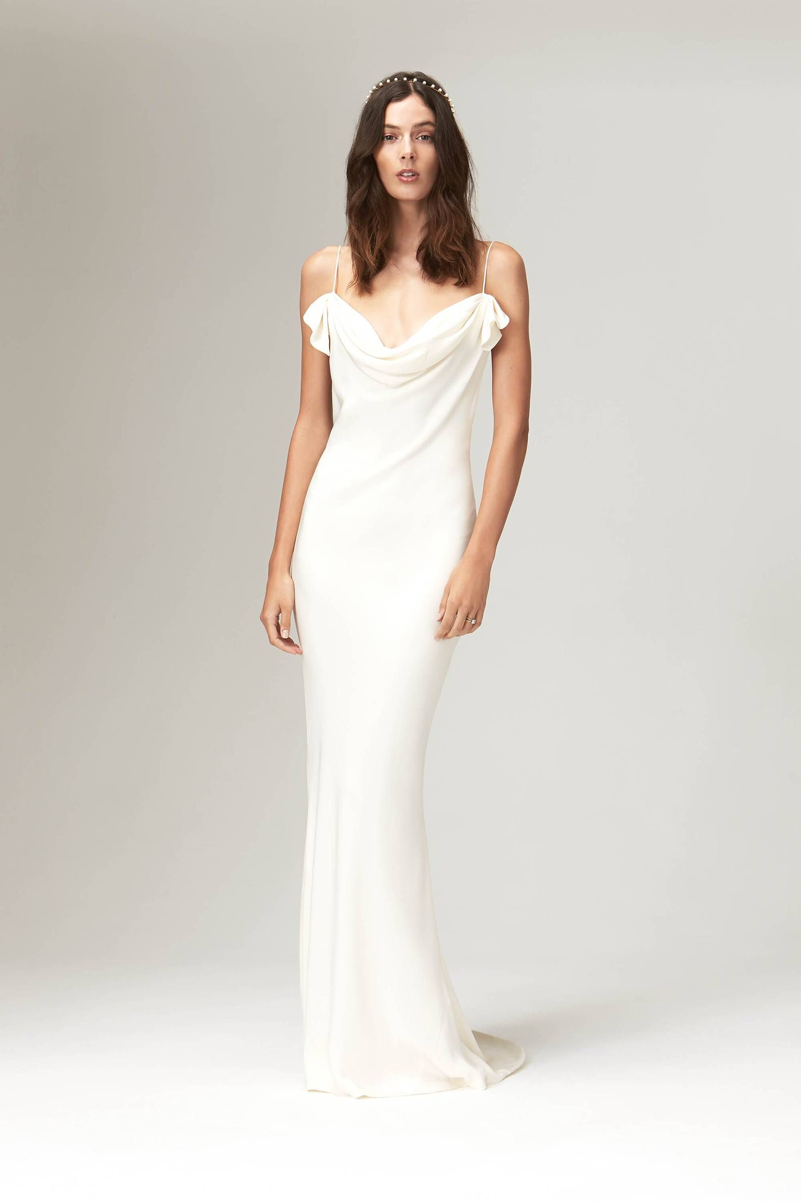 17b0a57d1c09d If you need a vintage-style wedding dress to complete your wedding,  embroidery to sequins, delicate lace, fringing, feathers and beading take a  look at this ...