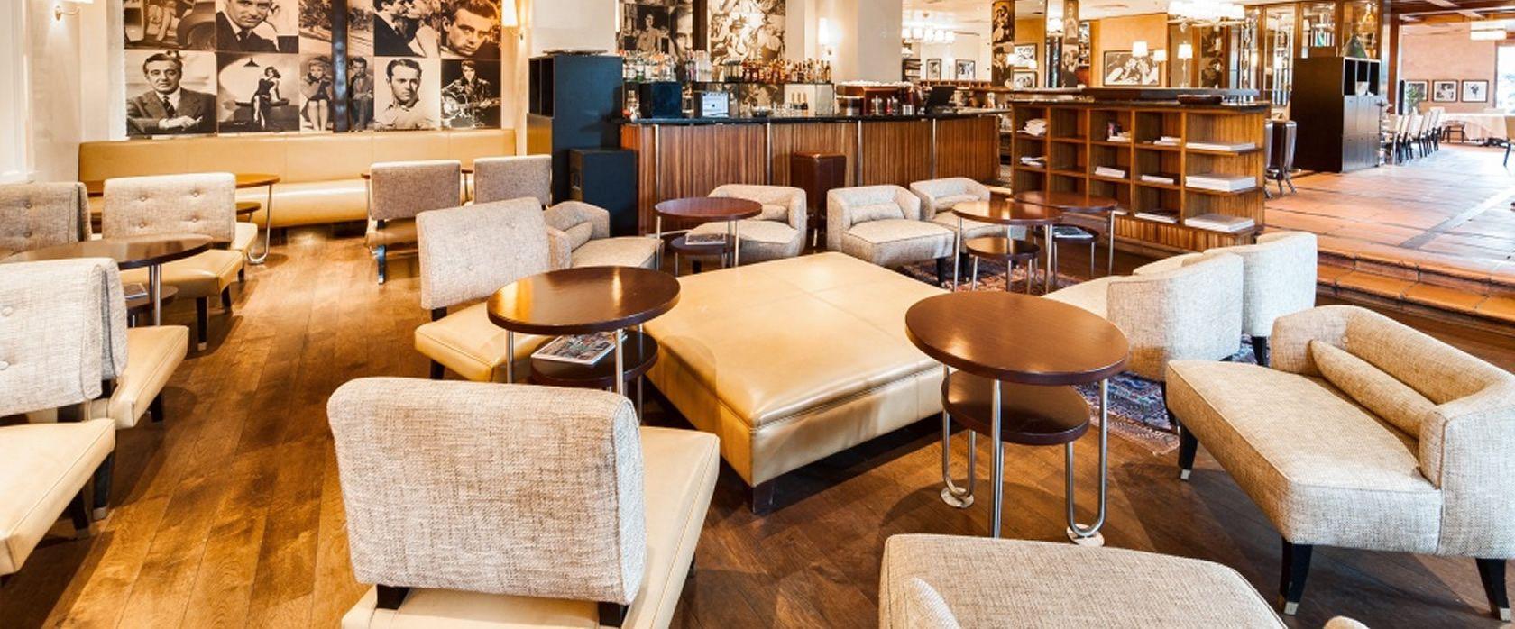"""Paper Moon Milano. Um dos restaurantes mais tradicionais da cidade, mas daqueles com comida """"de verdade"""".  Perfeito pra quem quer comer bem, numa boa localização no centro da cidade, mas sem gastar muito."""