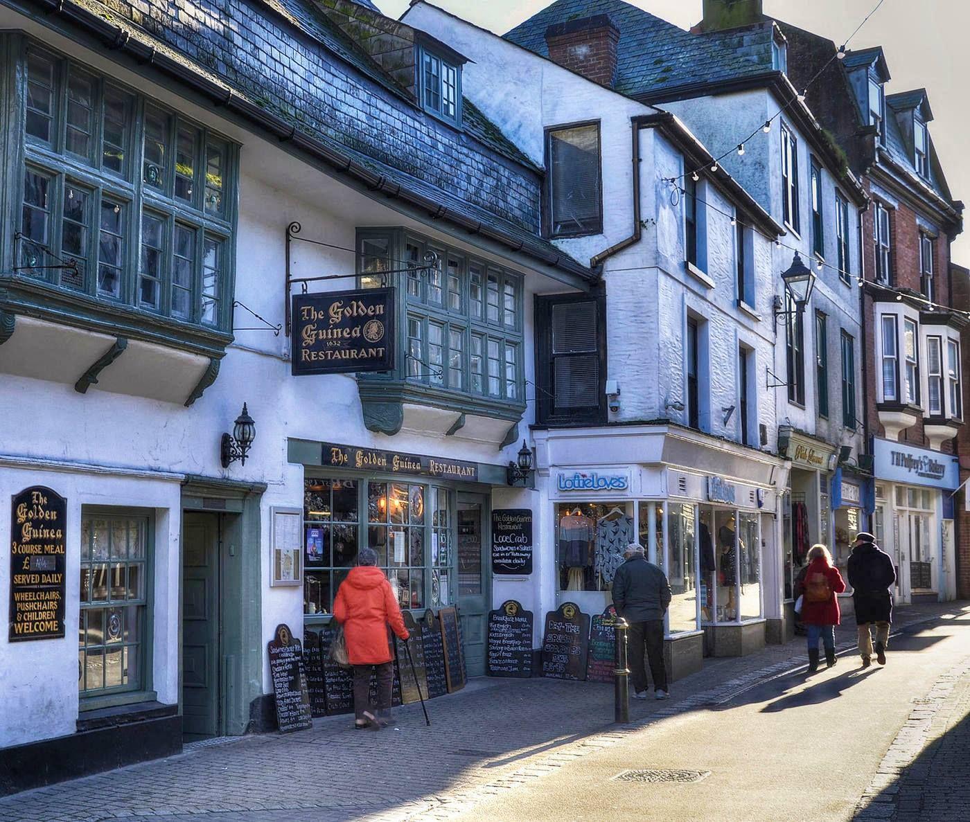 Fore Street In Looe Cornwall Cornwall England Looe Cornwall
