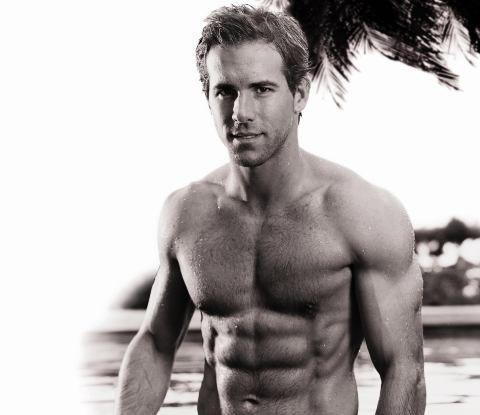 Ryan Reynolds S Purposeful Life Ryan Reynolds Shirtless Shirtless Attractive Guys