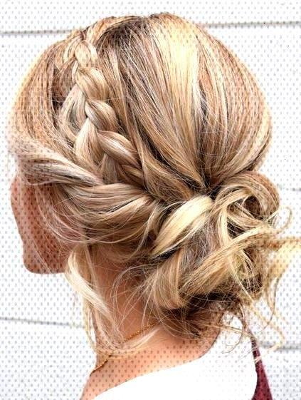 15 coiffures mignonnes et faciles tressées