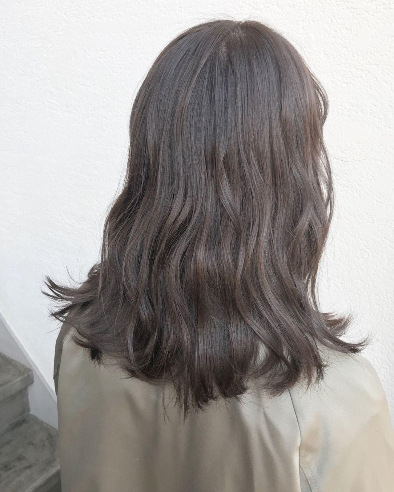 学校 セミロング イルミナカラー 黒髪 ヘアスタイルや髪型の写真 画像