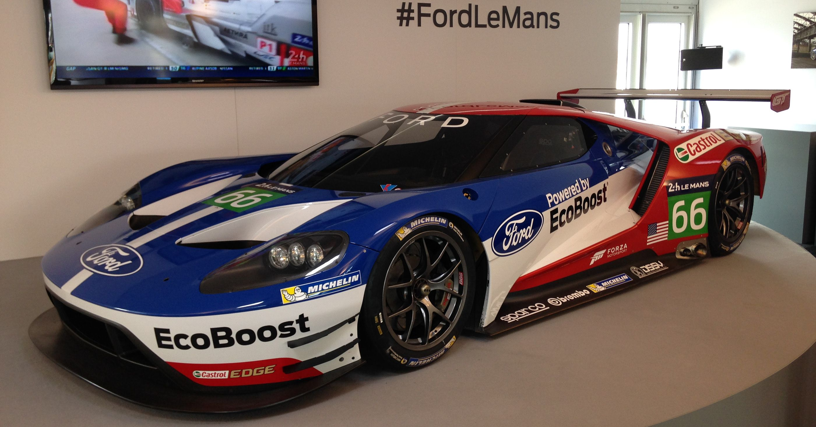 2017 Ford Gt Custom Liveries On Behance In 2020 Ford Gt Ford Le Mans Ford Gt Le Mans