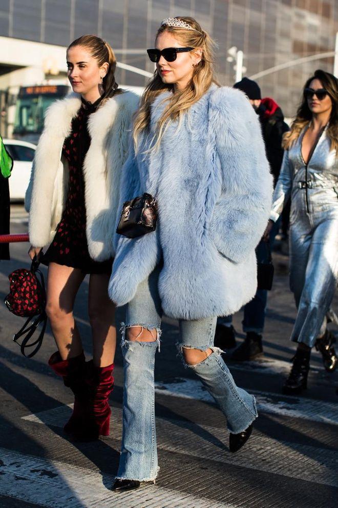 Street style à la Fashion Week automne-hiver 2017-2018 de New York ... f5ab8e7f288f