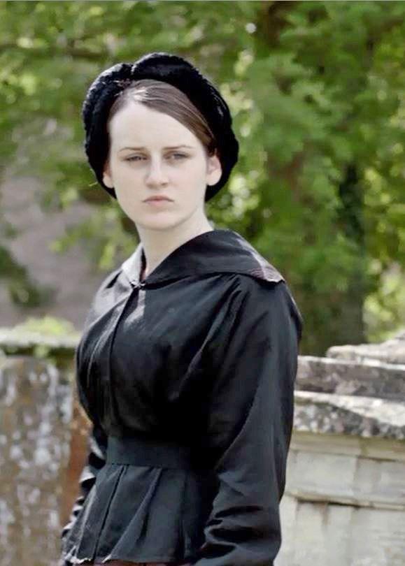 Daisy visits Williams grave season II