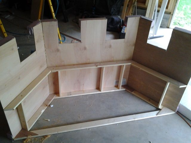 Stage set construction - How to make prop castles from styro foam