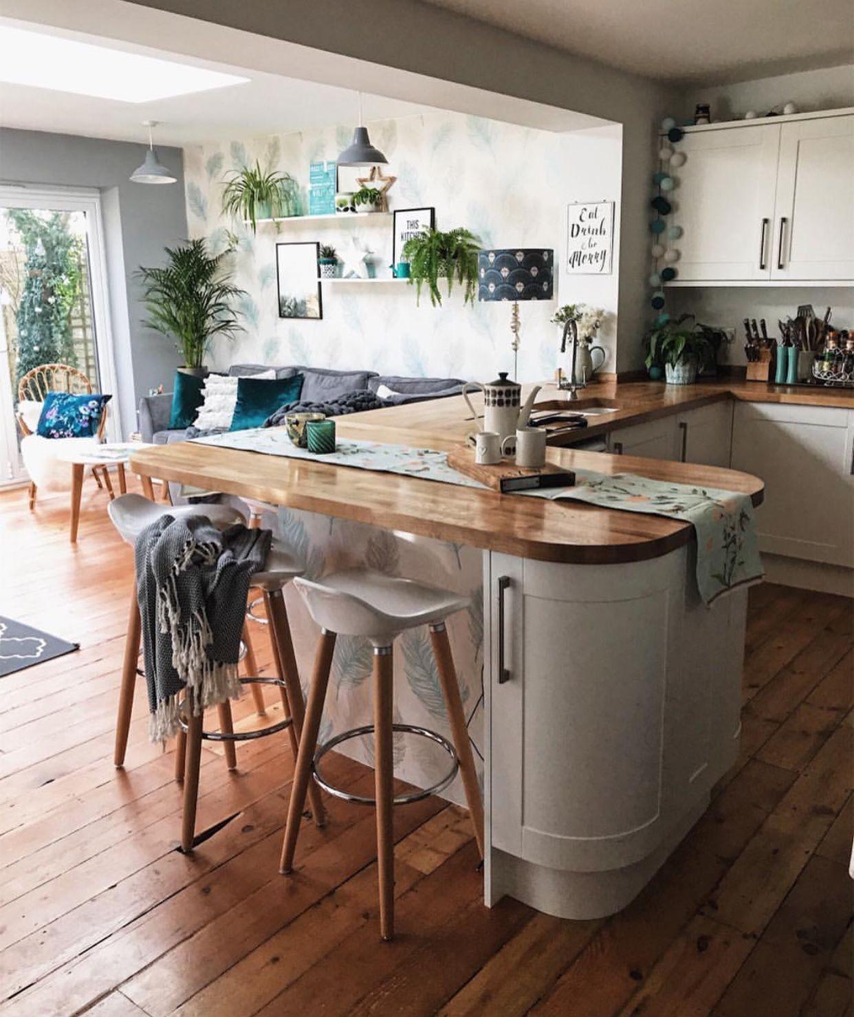 Pin by Laura Saalfeld on Kitchen   Kitchen interior, Kitchen ...