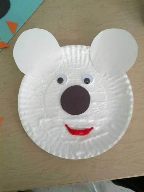 Paper plate polar bear face. Made w shaving cream and glue mix for texture. & Paper plate polar bear face. Made w shaving cream and glue mix for ...