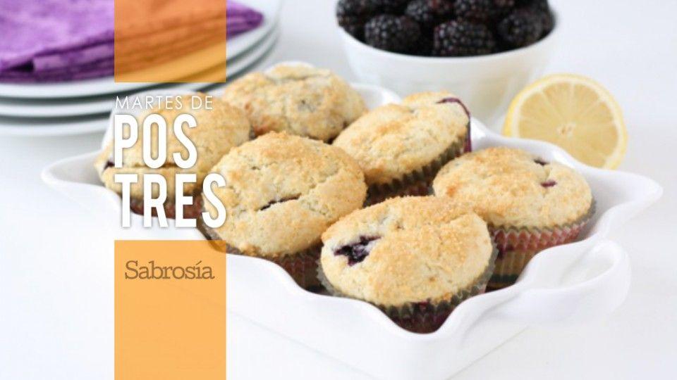 Muffins de queso ricotta y zarzamora
