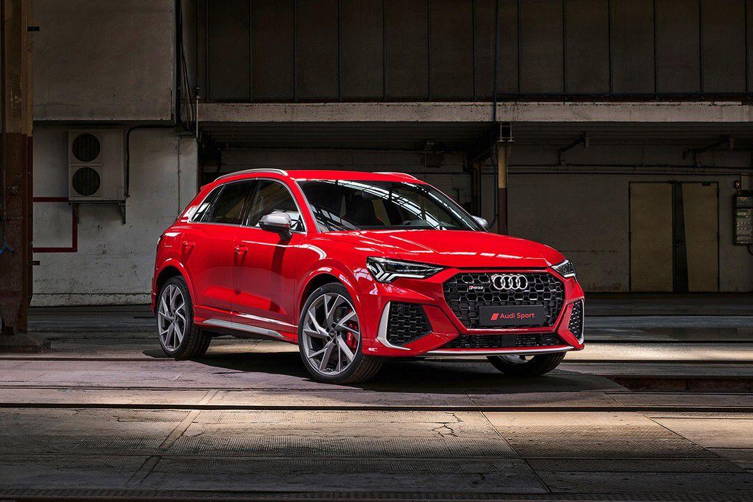 Audi Unveils Rs Q3 Mini Suv Sportback Models With 400 Bhp Audi Rs Audi Rsq3 Audi