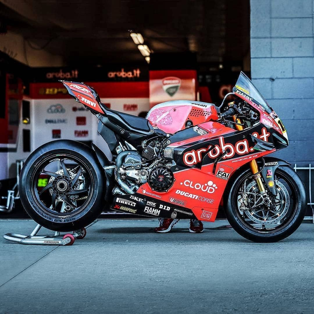 With Such A Formidable Force The Akrapovic Equipped Ducati Panigale V4r Is Bound To Shine At Thaworldsbk Duca Ducati Ducati Panigale Ducati Motorcycles