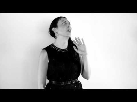 Woman recites beyoncs single ladies as a monologue and its woman recites beyoncs single ladies as a monologue and its genius ccuart Image collections