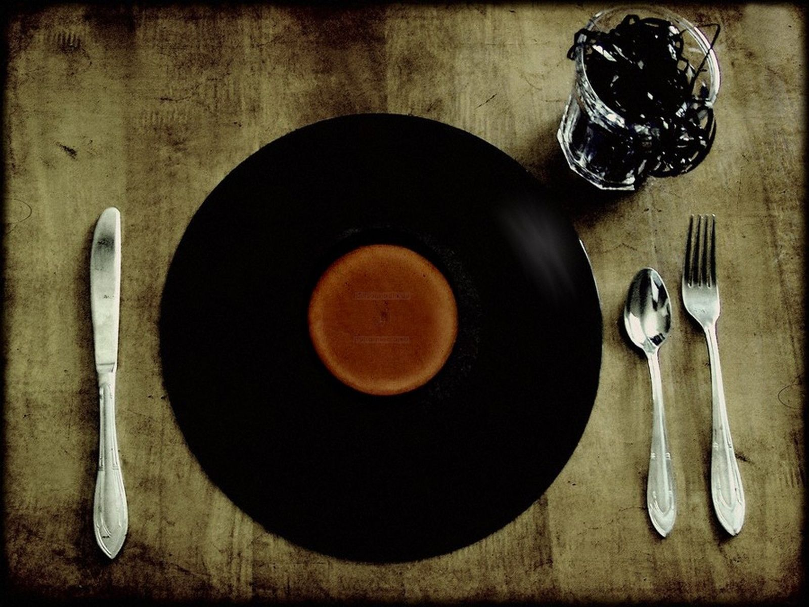 Cool Wallpaper Music Food - 11352dce784a41bde62f3f6de4c5c6c3  Best Photo Reference_365965.jpg