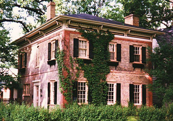 Brick Italianate house Evanston, IL (Dave's Victorian