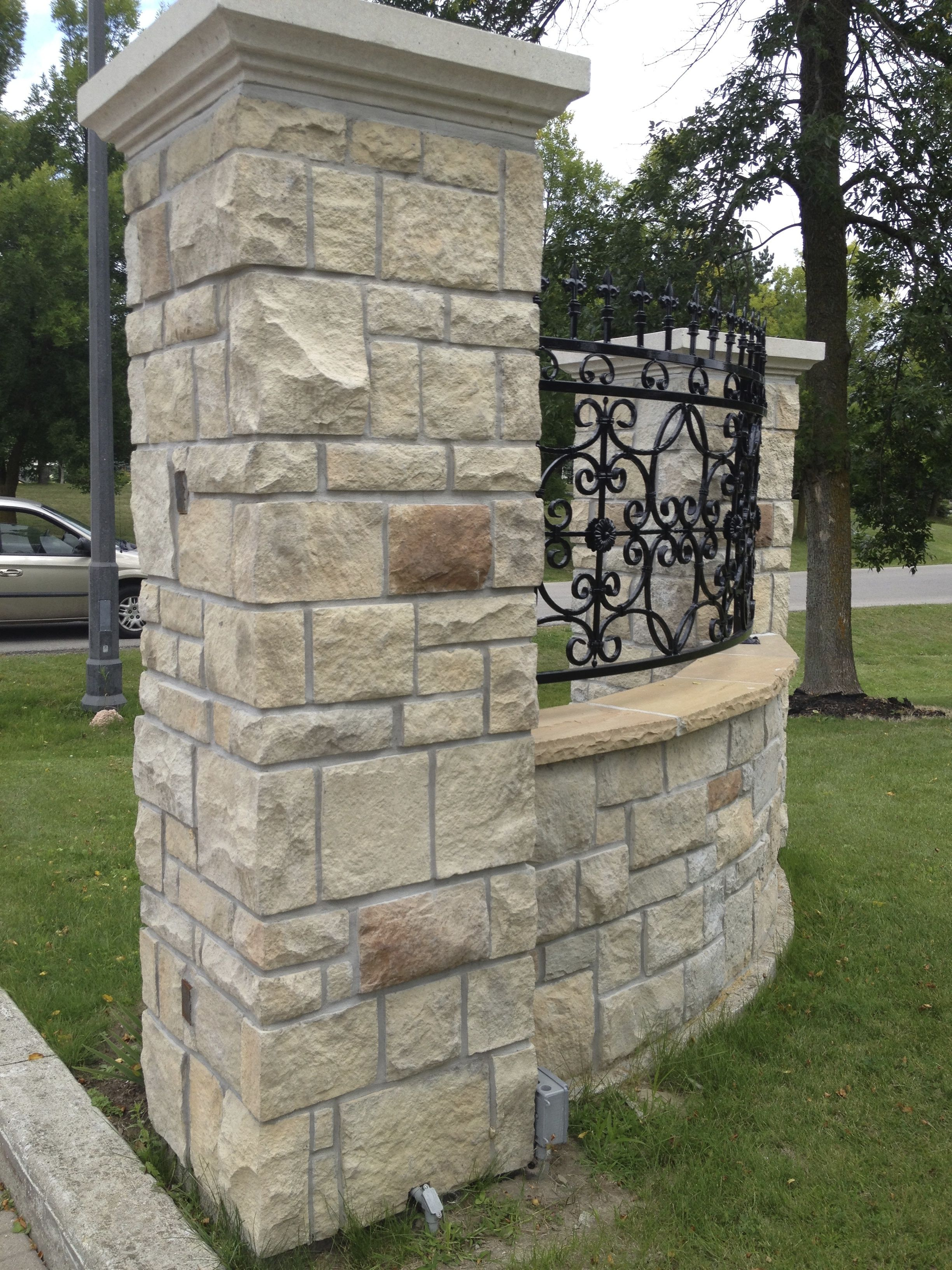 Stone Selex Castle Cut Manufactured Stone Veneer