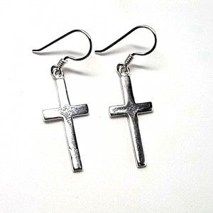 218eef449428 Pendientes de plata de primera ley lisos con forma de cruz de 2