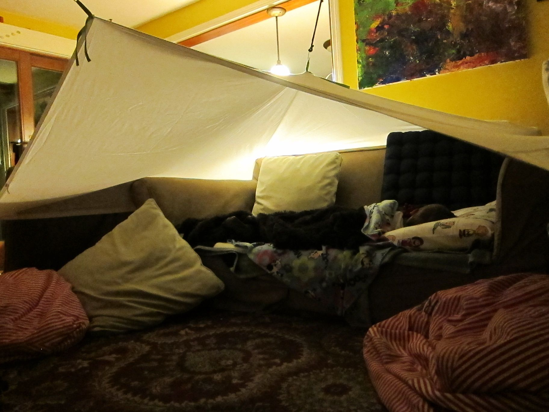 Couch fort diy kids tent diy tent