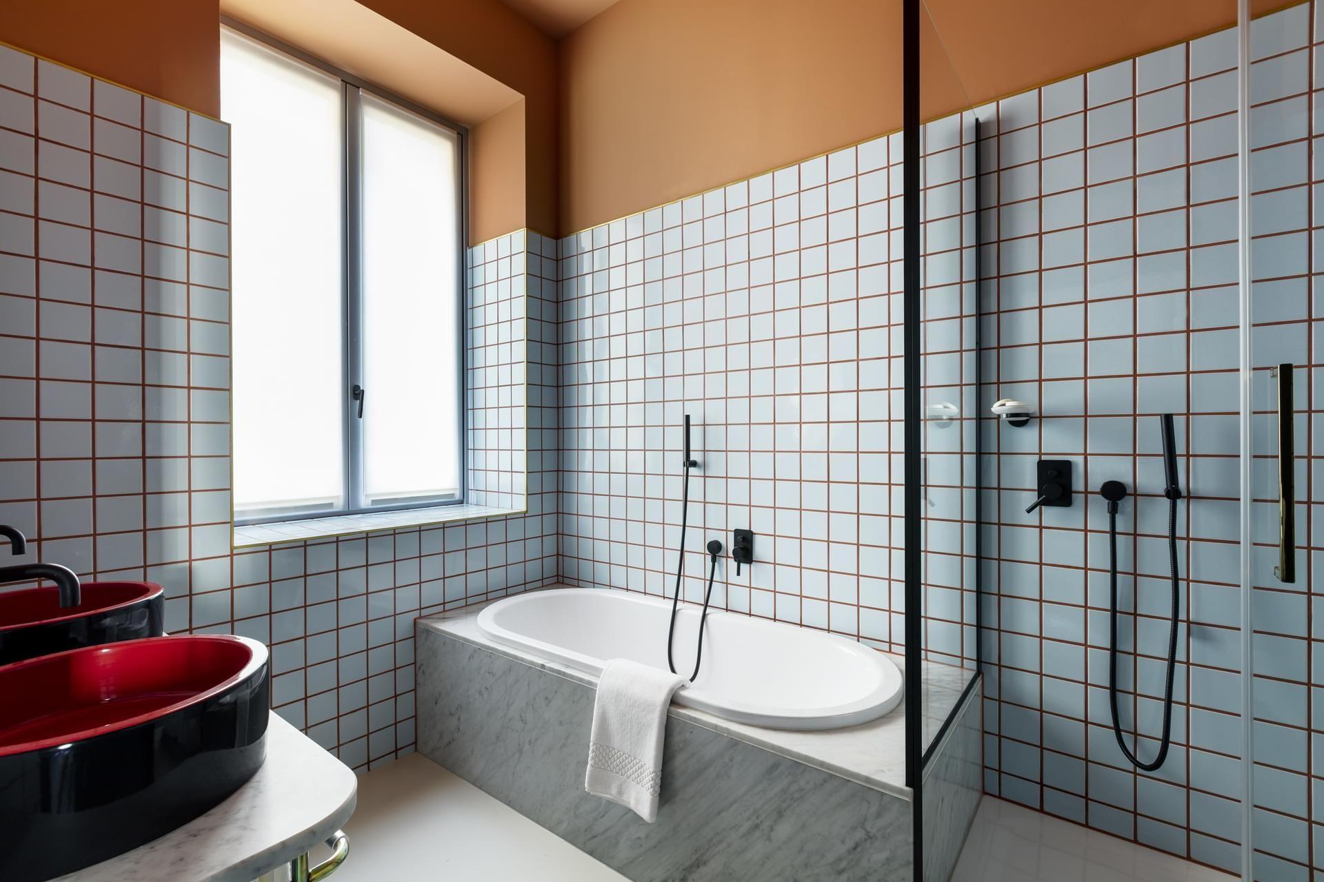 Home design bildergalerie klinker hotel bildergalerie  room mate giulia   pup up store