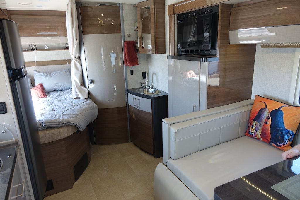 The Finest Class C On The Road Buying An Rv Simplirv Camper